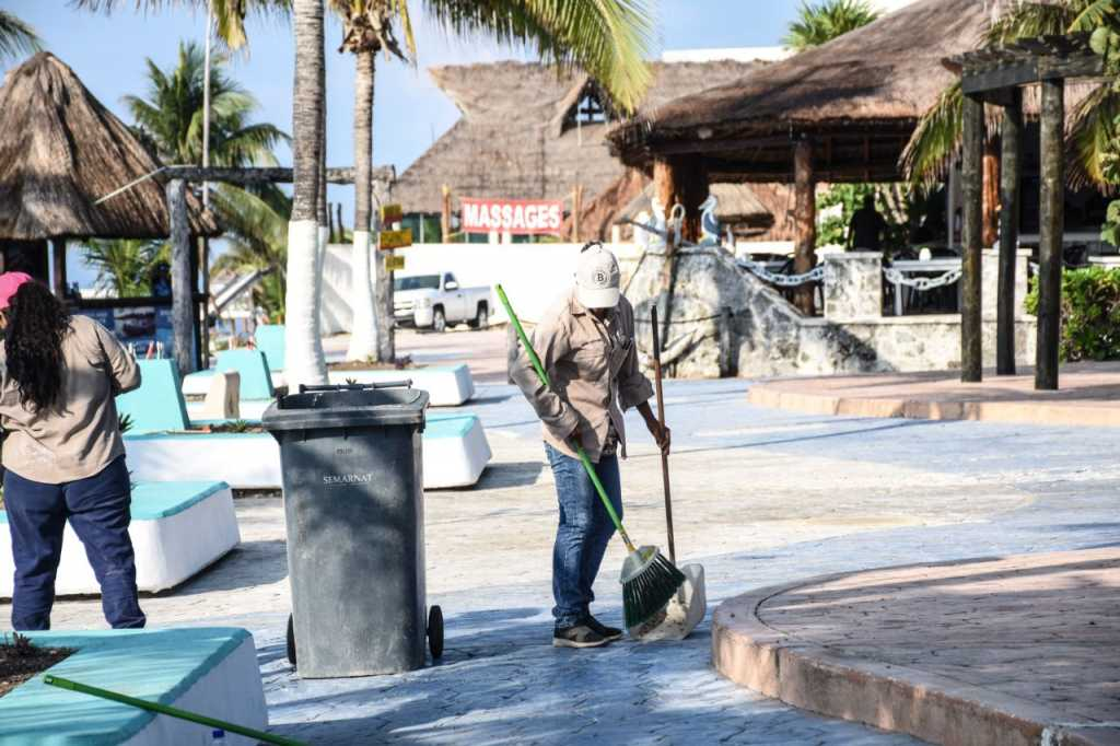 limpieza puerto morelos