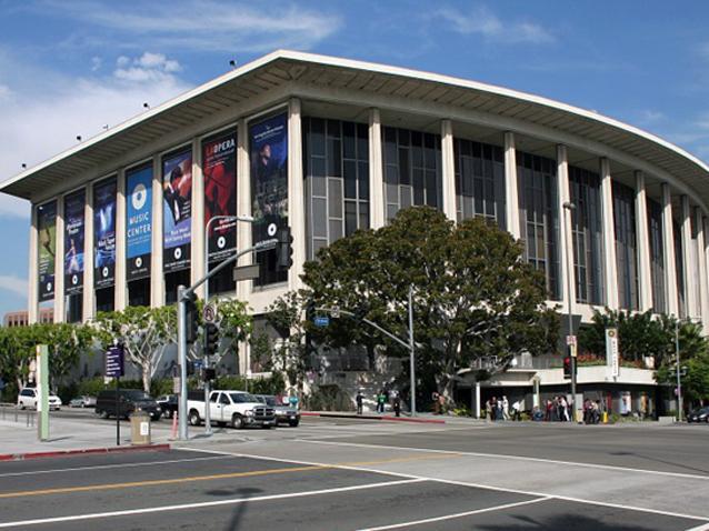 Plácido Domingo renunció a la Ópera de Los Ángeles