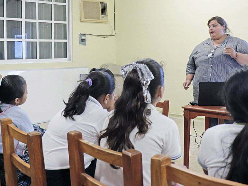 Imparten pláticas sobre la importancia del autoestima en Cozumel