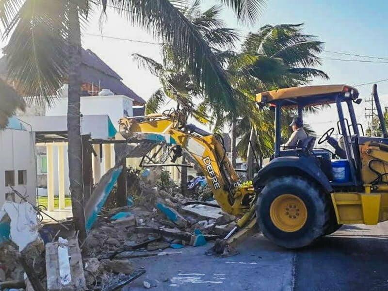 Demolición de restaurante en Puerto Juárez fue acción federal