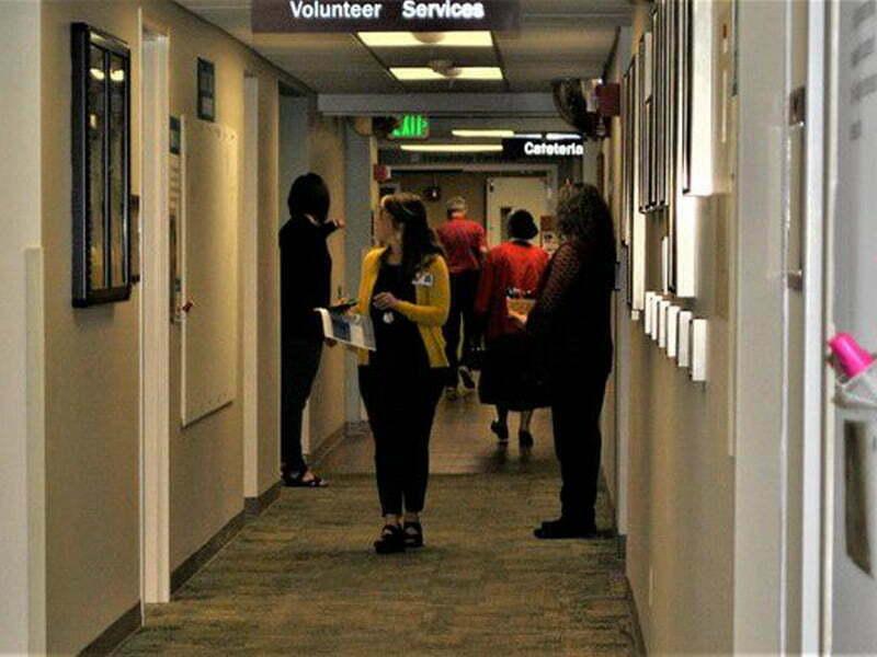 Más de mil pacientes de un hospital podrían contraer SIDA y hepatitis por error