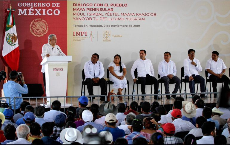 AMLO garantiza consultar a pueblos indígenas para el Tren Maya