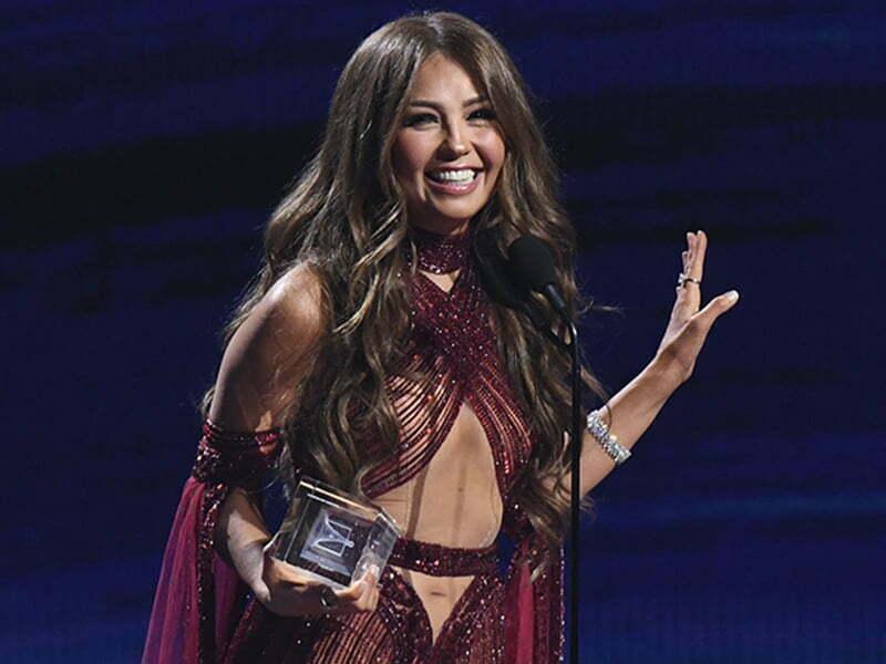 Thalía cantó 'Arrasando' y desató otro divertido 'challenge'