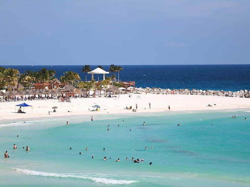 Destacan el crecimiento turístico de Cancún