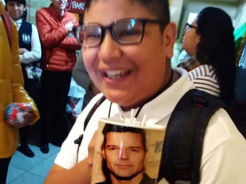 Pide de regalo una taza de 'Rick y Morty' y le dan una de Ricky Martin