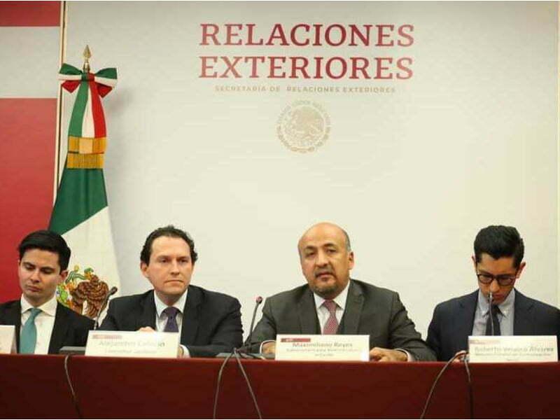 Dialogo directo entre México y Bolivia por cerco a embajada
