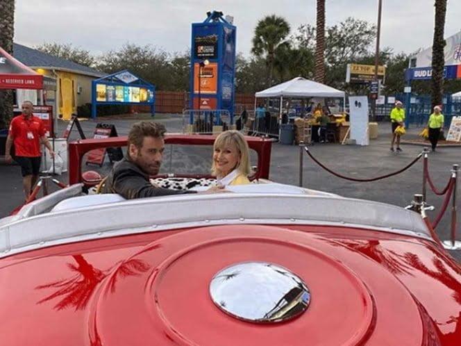John Travolta y Olivia Newton John se disfrazan de sus personajes de Grease