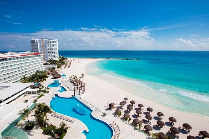 Cancún, primer destino del continente en recibir sello de seguridad para viajes