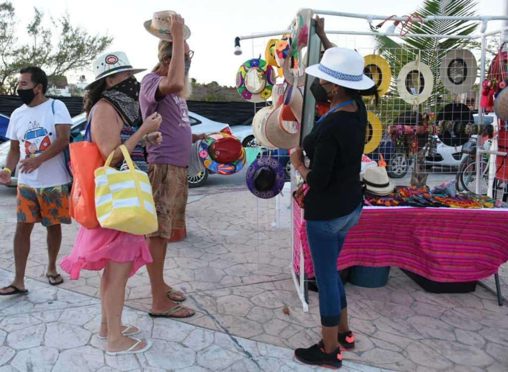Destacan avances en la reactivación del sector artesanal de Puerto Morelos