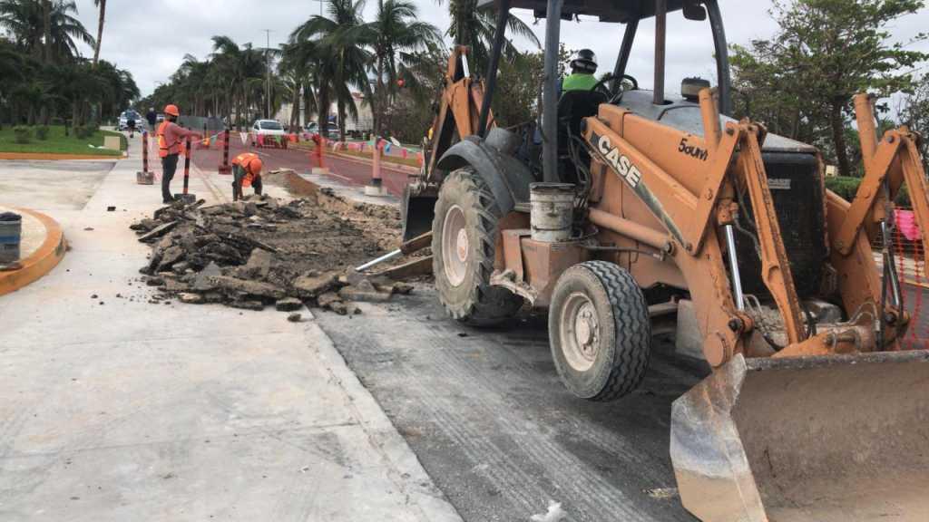 Rehabilitan el Bulevar Kukulcán