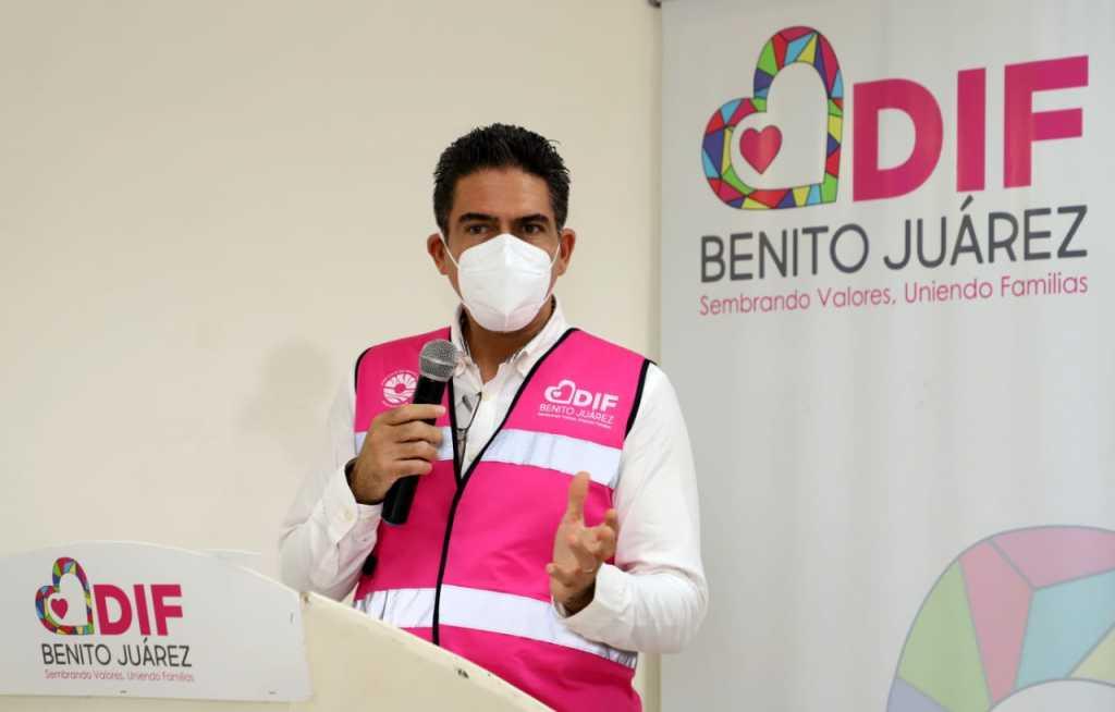 Entrega DIF Benito Juárez premios del concurso virtual del día de muertos