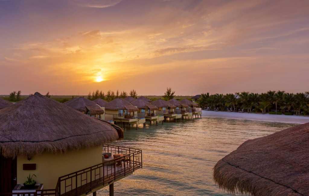 Grupo Lomas anunció que cuatro de sus propiedades turísticas en la Riviera Maya fueron incluidas en la prestigiada lista de Los 20 Mejores Resorts del Este de México, elaborada por Condé Nast Traveler.