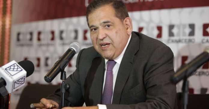 'Mi error fue no dar dinero a AMLO: Ancira': Carlos Loret de Mola