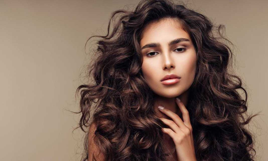 Tips para cuidar los rizos de tu cabello