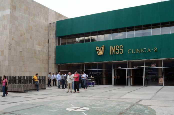IMSS repone a mismos proveedores contrato desaseado: Darío Celis