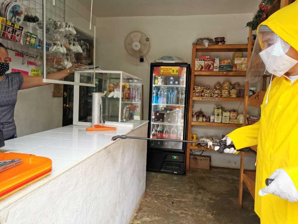 Gobierno de Puerto Morelos y Sector Comercial 'hacen equipo contra la pandemia'